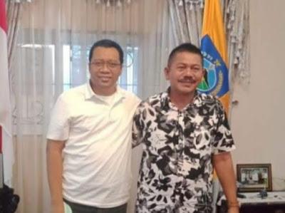 Foto (arsip): Pendiri LBC, Lukman Hakim (baju batik hitam putih) bersama Gubernur NTB, Bang Zul (baju putih)
