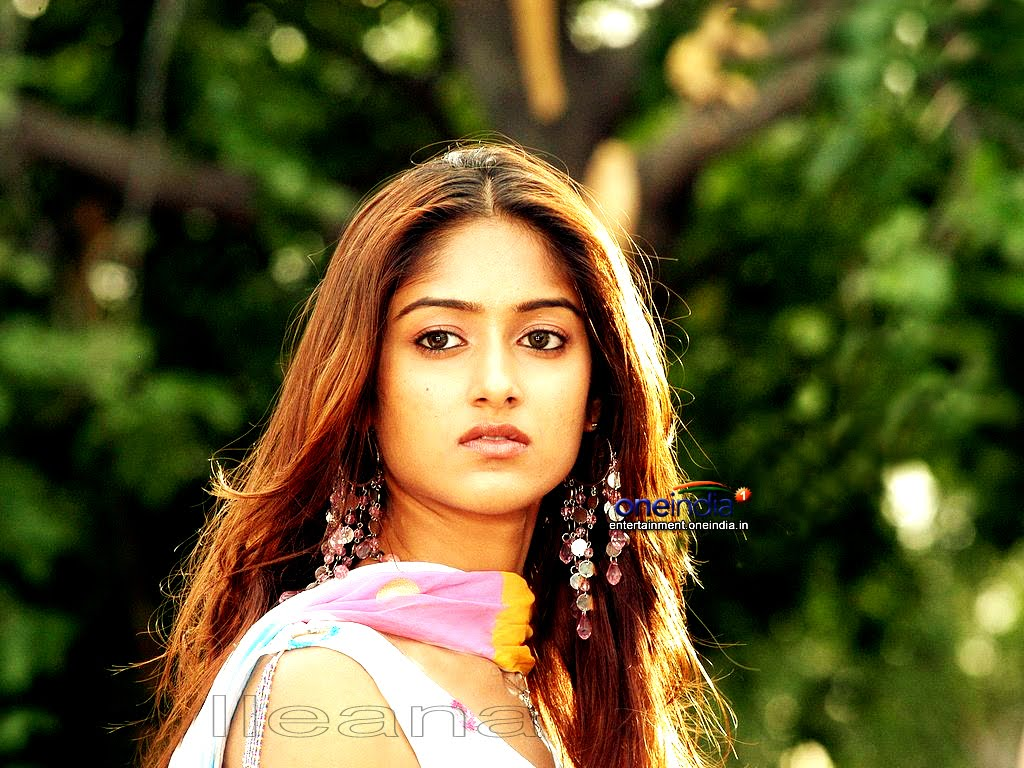 Ileana: BALAI DESA: Tamil Actress ILeana Wallpaper