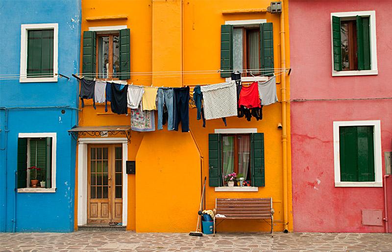 Dicas e truques para deixar o processo de lavar roupa muito mais agradável e funcional!