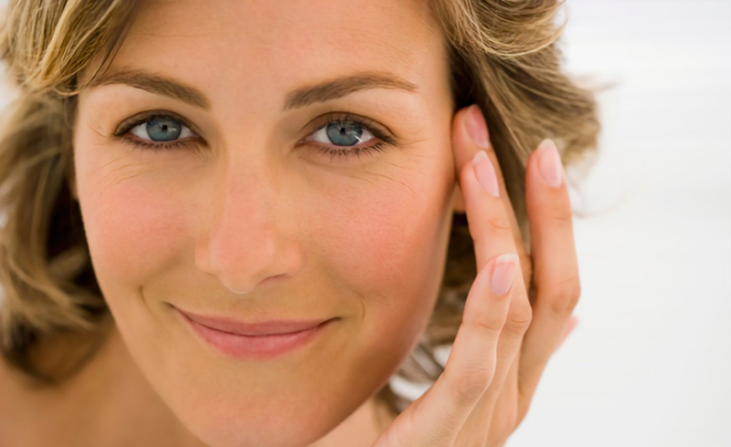 This Supplement Improves Skin Elasticity and Combats Menopause Symptoms