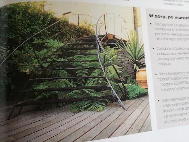 metalowe schody do ogrodu