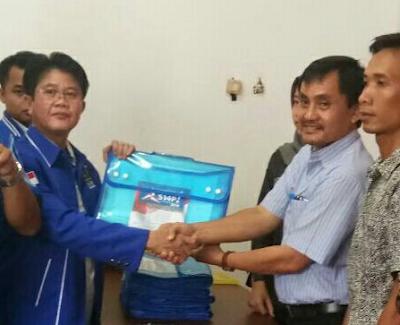 Komisi Pemilihan Umum (KPU) Kabupaten Kapuas telah resmi menutup pendaftaran bakal calon legislatif
