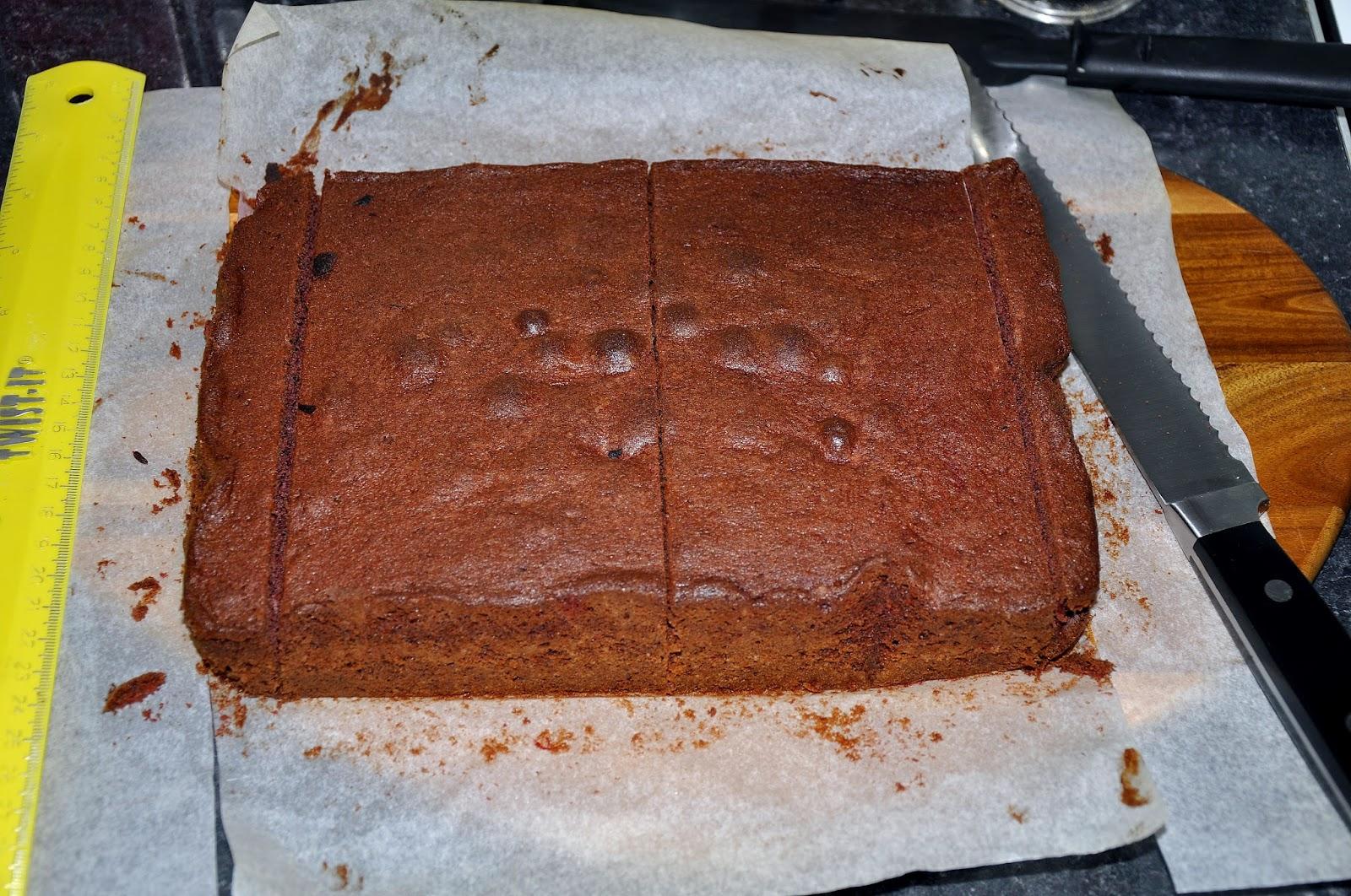 Kombi Van Cake Tin