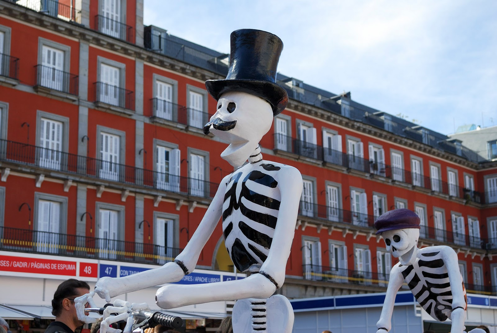 Halloween mexico catrina plaza mayor Madrid spain