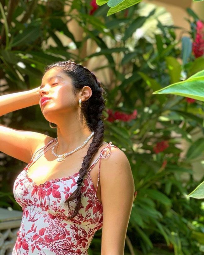 Actress Gallery: Janhvi Kapoor New Beautiful Pictures