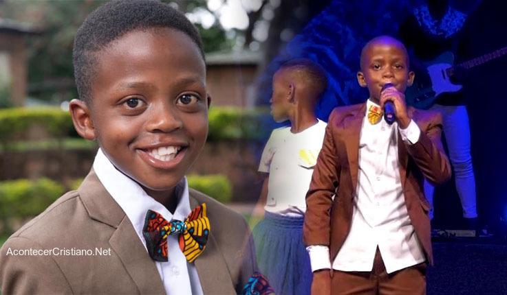 Niño predicador en Uganda