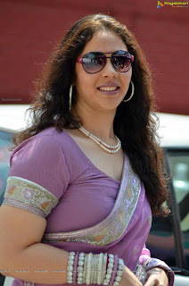 cochin aunty contact numbers