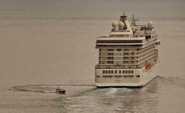 Marina cruise ship leaves Funchal harbor
