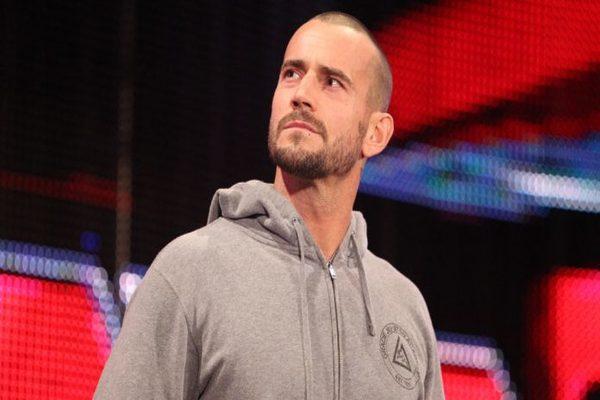 سي ام بانك يجيب عن سؤال حول إمكانية عودته ل WWE