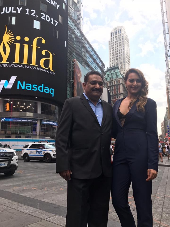 Sonakshi Sinha at Times Square for IIFA 2017 Stills