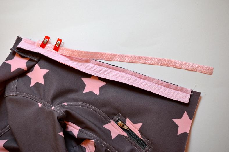 Softshelljacke Tag 4 – Kragen und vorderer Reißverschluss