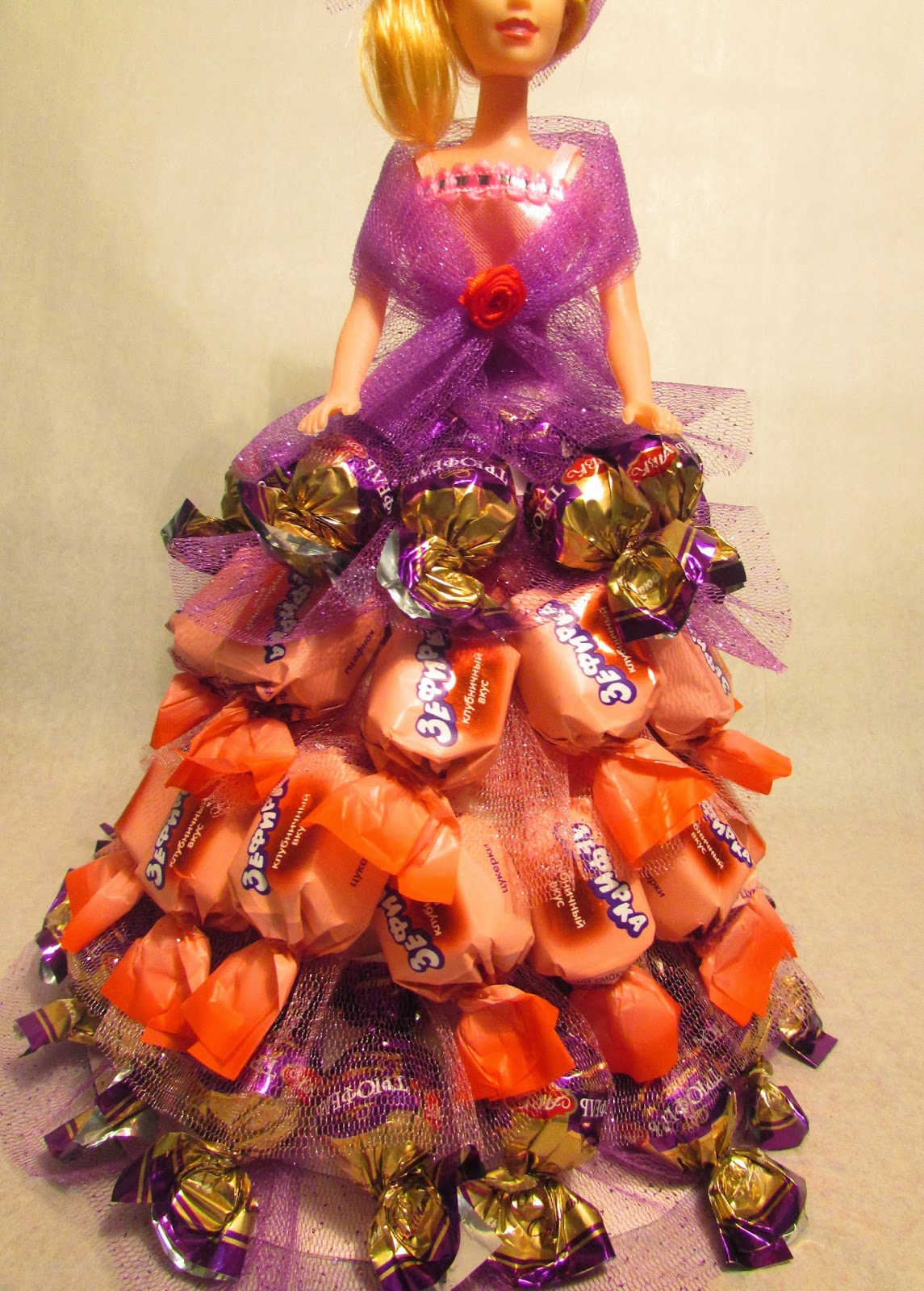 легко поделки кукол из конфет фото модель выбрать