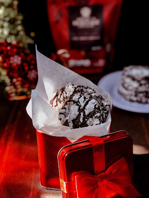 The Ultimate Fudgy Crinkle Cookie