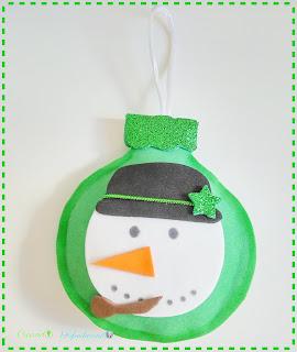 Esfera-o-bola-navideña-4-adornos-navideños-en-goma-eva-o-foamy-creandoyfofucheando