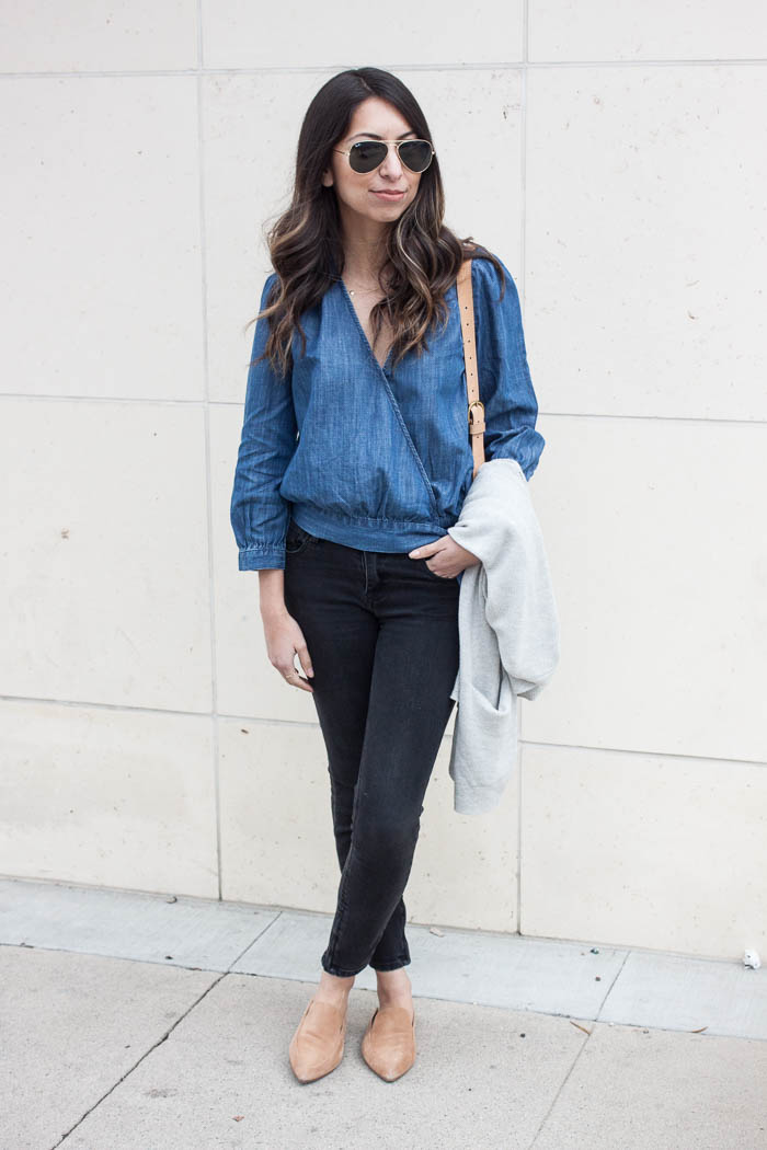 madewell denim top, black skinny jeans