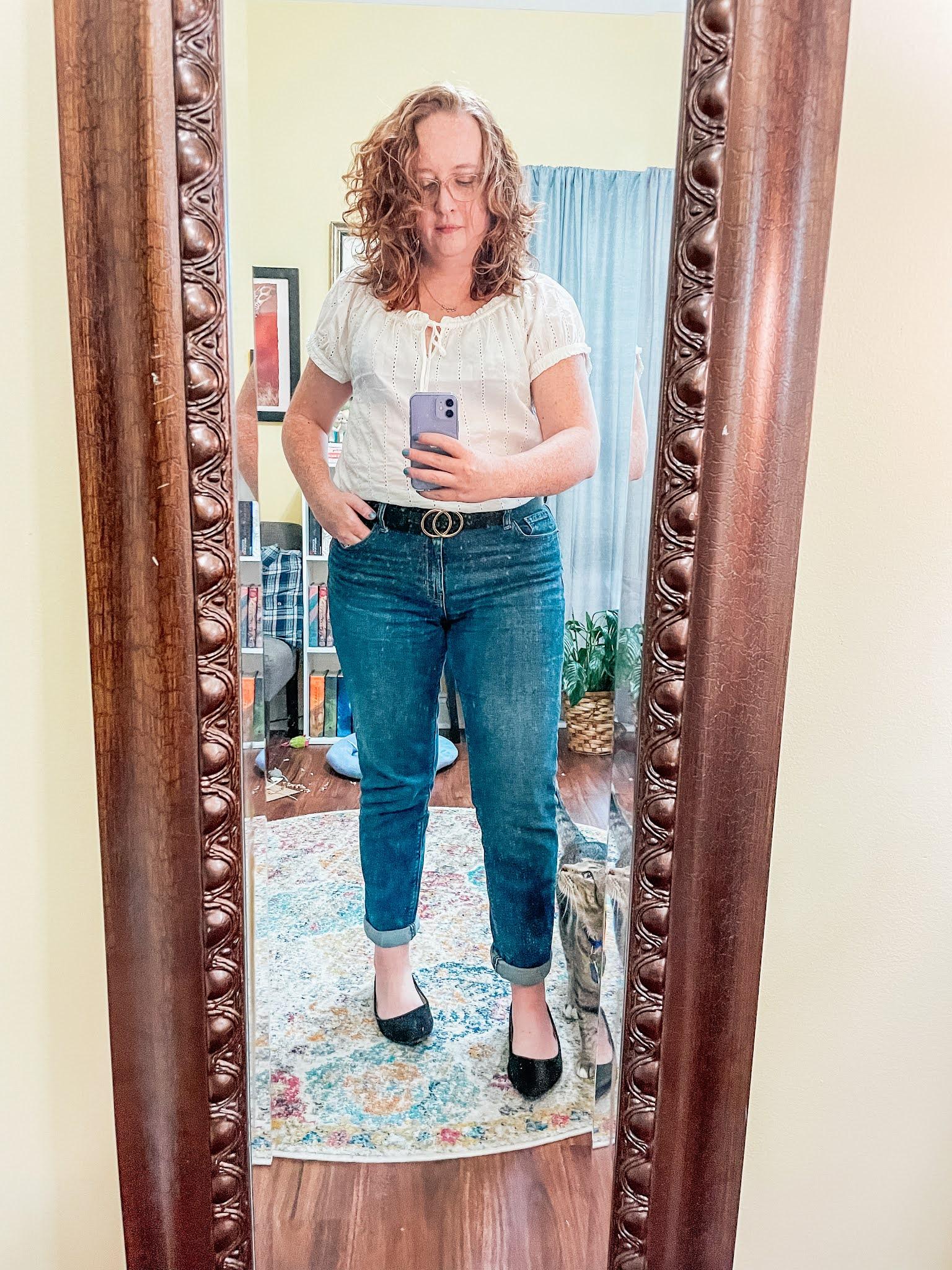 white-eyelet-shirt-boyfriend-jeans