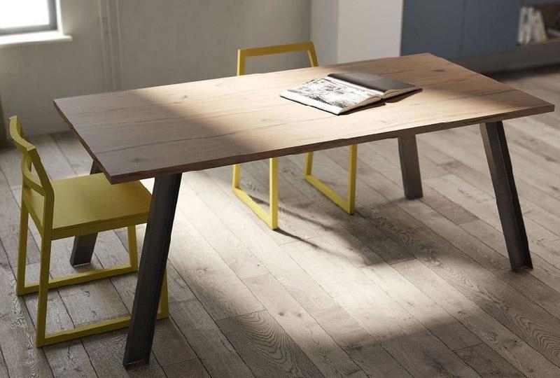 Tavolo da pranzo in legno di quercia allungabile di Fimar