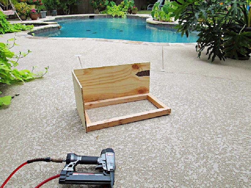 plywood-wagon-diy-handmade-easy-outdoor-decor-craft