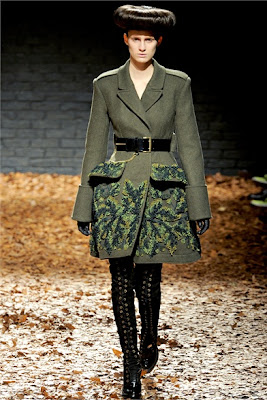 Military chic Trend - McQ by Alexander McQueen - Fall Winter 2012