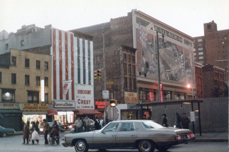 Gannon 50 Amazing Color Photographs Capture Street Scenes Of New