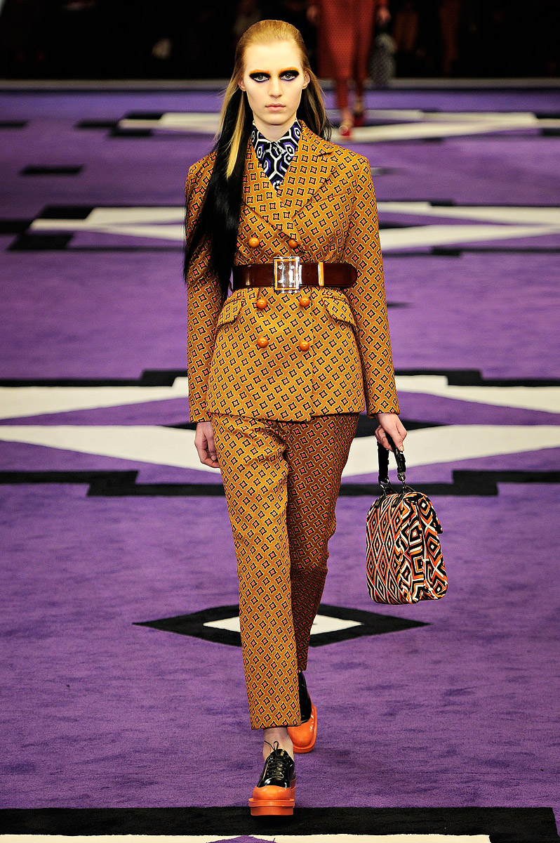 Omm Vintage: PRADA FALL/WINTER 2012 WOMENSWEAR