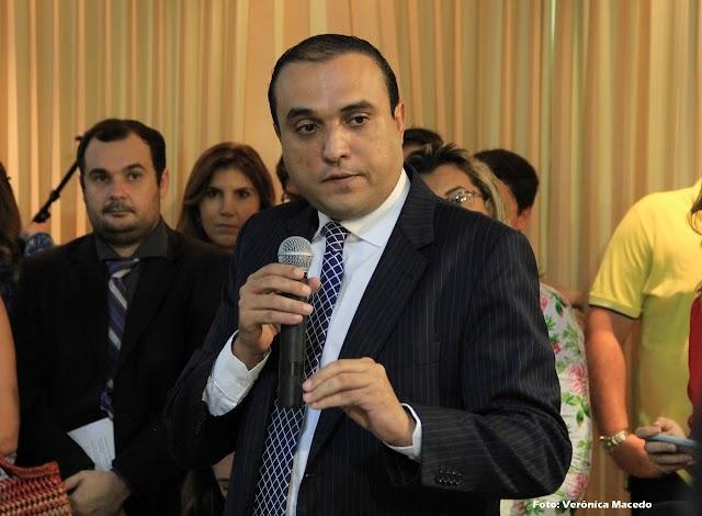 Sancionada lei de autoria do Vereador Ney Lopes Júnior que exige a identificação de crianças em eventos na capital