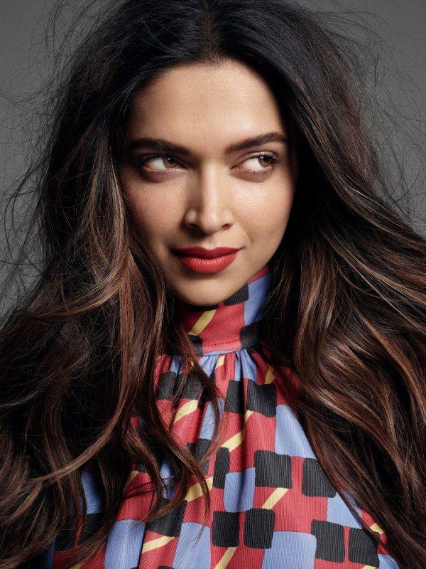 Actress Deepika Padukone Long Hair Close Up Face