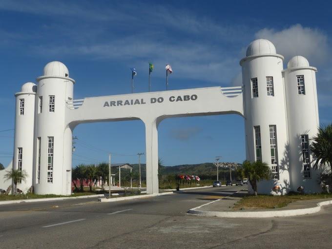 """""""Pedágio"""" será cobrado para entrada de veículos em Arraial do Cabo"""