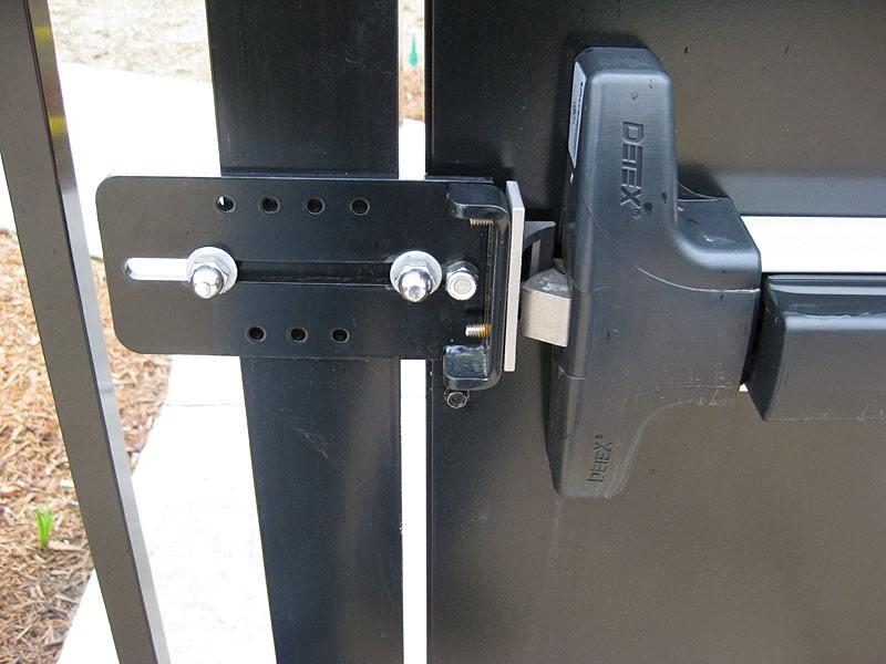 ประตูเหล็กไดมอนด์ดอร์ ประตูหนีไฟ ประตูเหล็ก คานผลัก โช๊ค