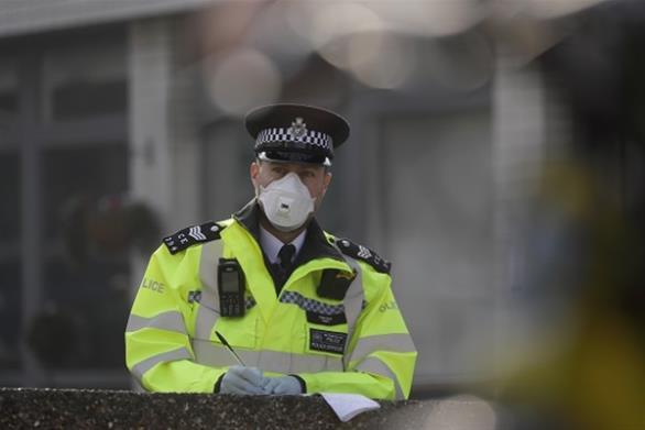 Βρετανία: Ξεπέρασαν τους 10.000 οι νεκροί από τον κορωναϊό