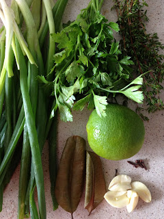 oignon-pays, persil, thym, citron vert, ail, martinique