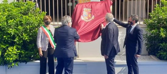 Foggia: cerimonia in onore dei caduti con il capo della Polizia, Lamberto Giannini