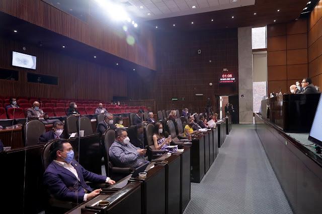 Diputadas y diputados expresan comentarios en reunión con el titular y funcionarios de la ASF