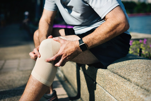 Knee Pain Treatments at Home