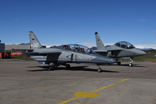 Italian flight school M-345 M-346