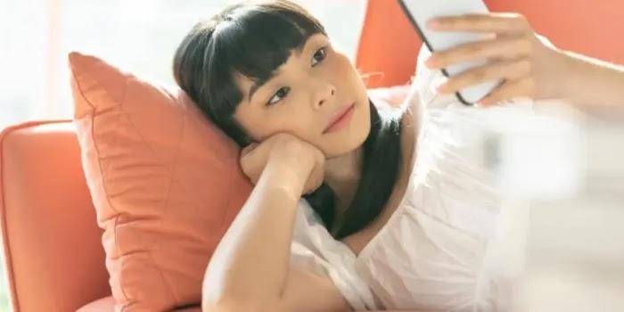 paparan sinar biru dari gadget dapat mempengaruhi ritme tubuh dan membuat tubuh lelah saat bangun tidur