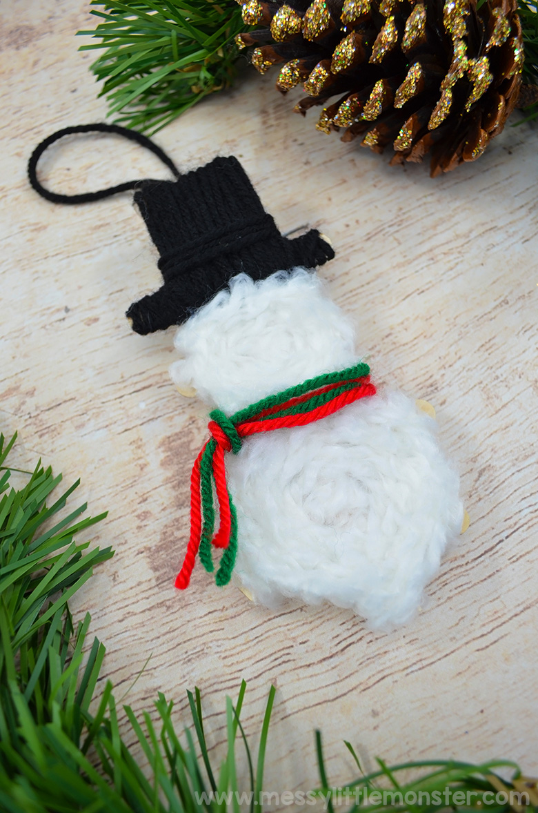 Snowman craft. Make your own snowman Christmas ornaments.