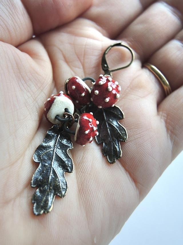 DIY oorbellen 'zijne gestipte'/ earrings 'the dotted one'