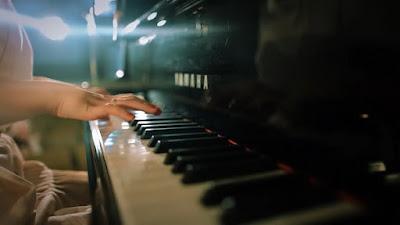 Những ưu điểm khi mua đàn piano điện cũ yamaha
