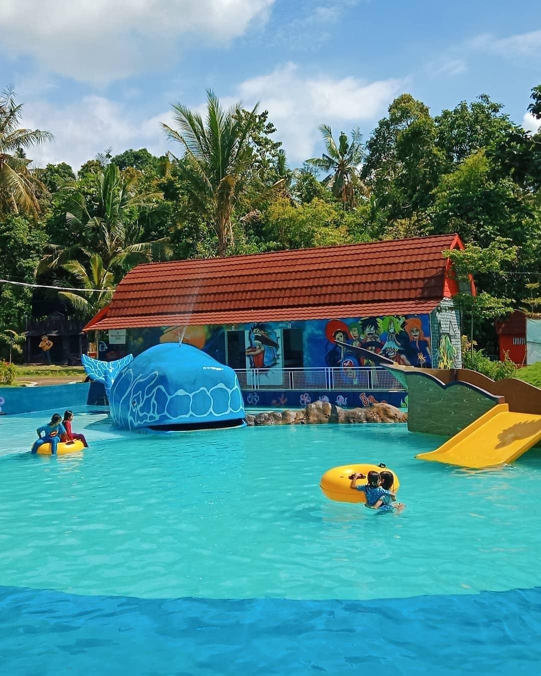 wahana air kolam renang akbar zoo banyuwangi