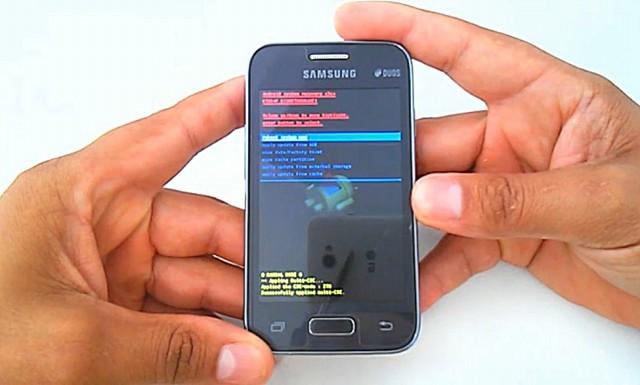 8a26c2b779 Samsung Galaxy Young 2 Duos G130BT