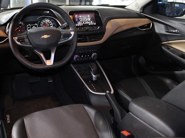 Novo Chevrolet Onix 2020 - interior - painel