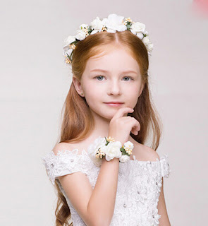Perfect Long Hairstyles for Flower Girls