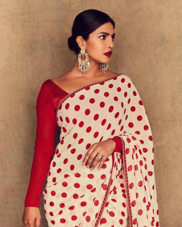 Priyanka Chopra Latest Hot Photoshoot in Fashionable Saree