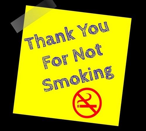 Kebiasaan Merokok Sanggup Menyebabkan Kanker Paru-Paru, Bronkitis, Pneumonia Dll