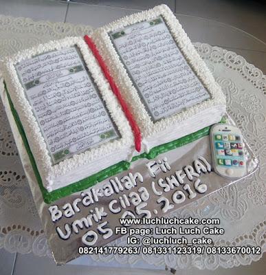 Kue Tart Bentuk Al-Quran