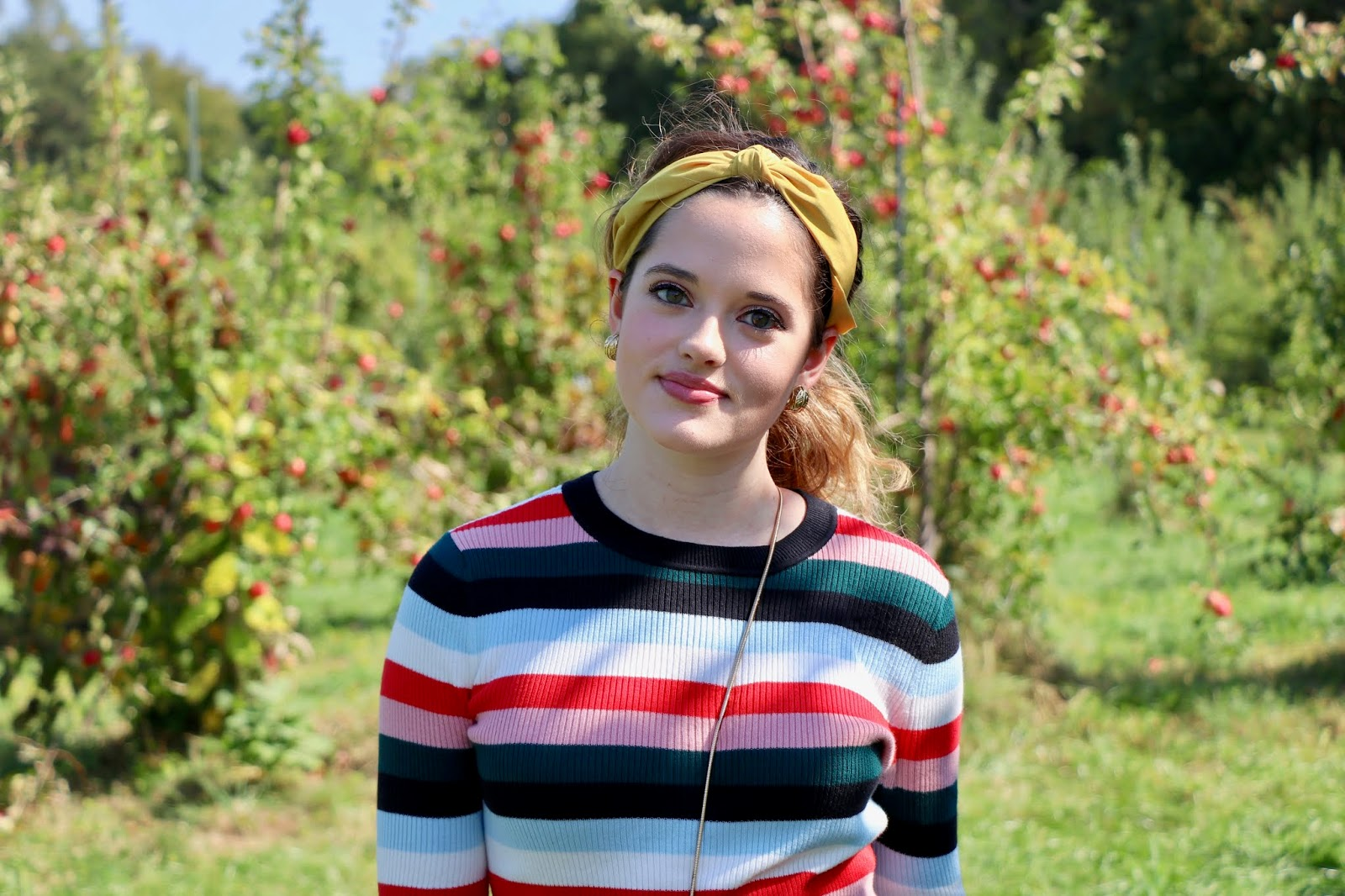 Nyc fashion blogger Kathleen Harper's apple orchard photo shoot at Wilkens Fruit and Fir Farm.