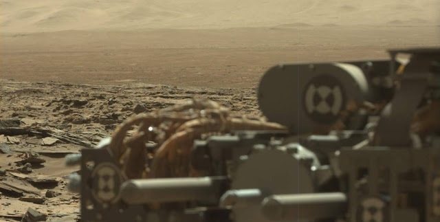 This image was taken by Mastcam onboard NASA's Mars rover Curiosity on Mar. 9, 2016. Image Credit: NASA/JPL-Caltech/MSSS