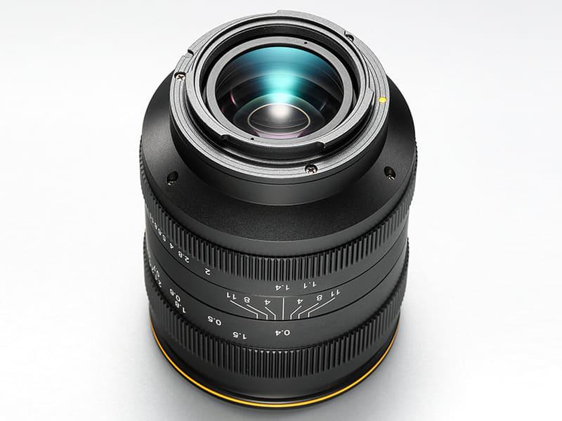 Kamlan 32mm f/1.1, вид снизу