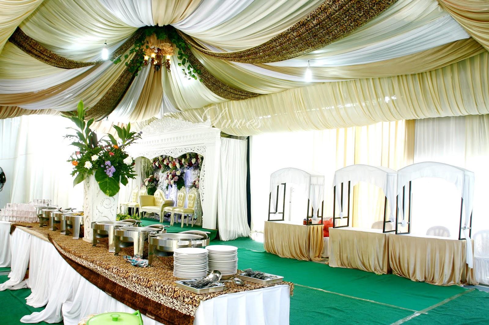 Paket dekorasi pernikahan untuk resepsi di rumah